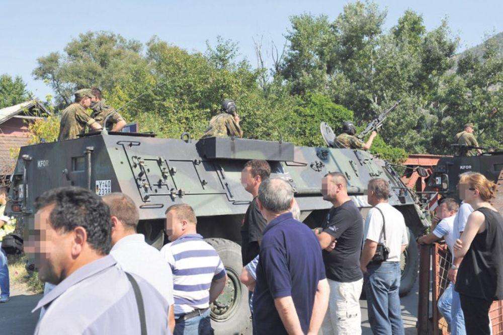 Srbi, Kosovo, blokada, barikade, radna obaveza