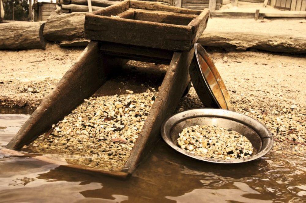 zlato, iskopali 300 kila zlata