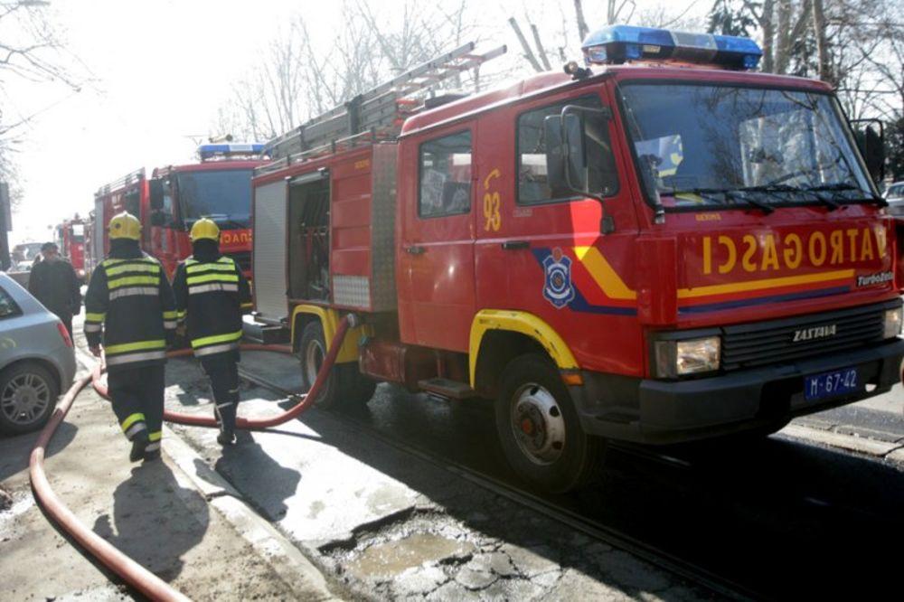 Izgoreo stan na 14. spratu u Ulici Grčića Milenka 1