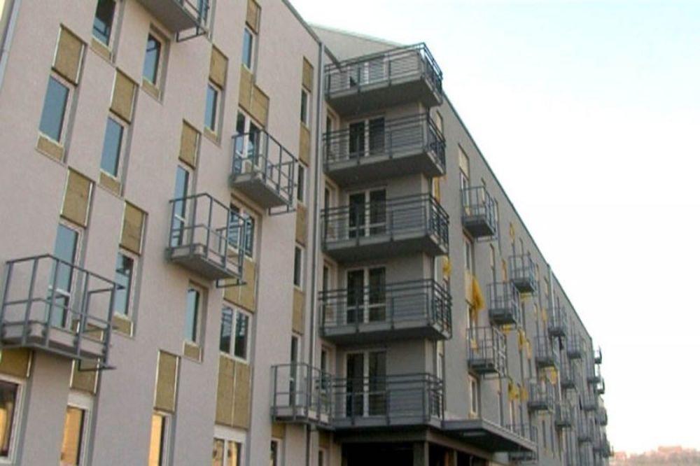 NIŠTA OD SUBVENCIJA: Nema socijalnih stanova bez znanja nemačkog!