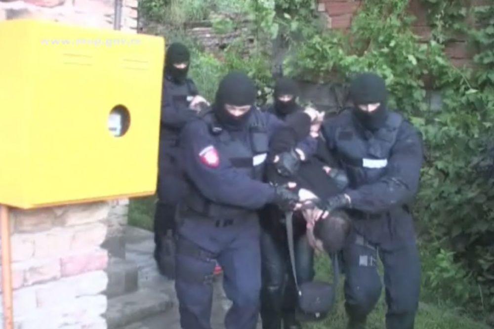 NEVEROVATNA OTMICA: Policajci su upali u kuću, a ono što su zatekli bilo je potpuno neočekivano!