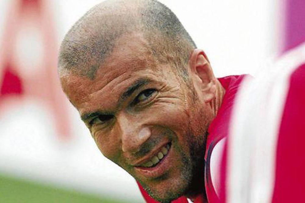 (VIDEO) NAŠLI SE STARI MAJSTORI: Evo zašto su Ronaldo, Zidan, Okoča... igrali u istom timu