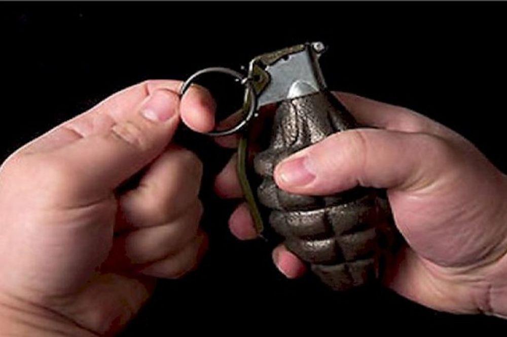 DEVET MESECI ZATVORA: Sinu nabavio bombu za dvostruko ubistvo!