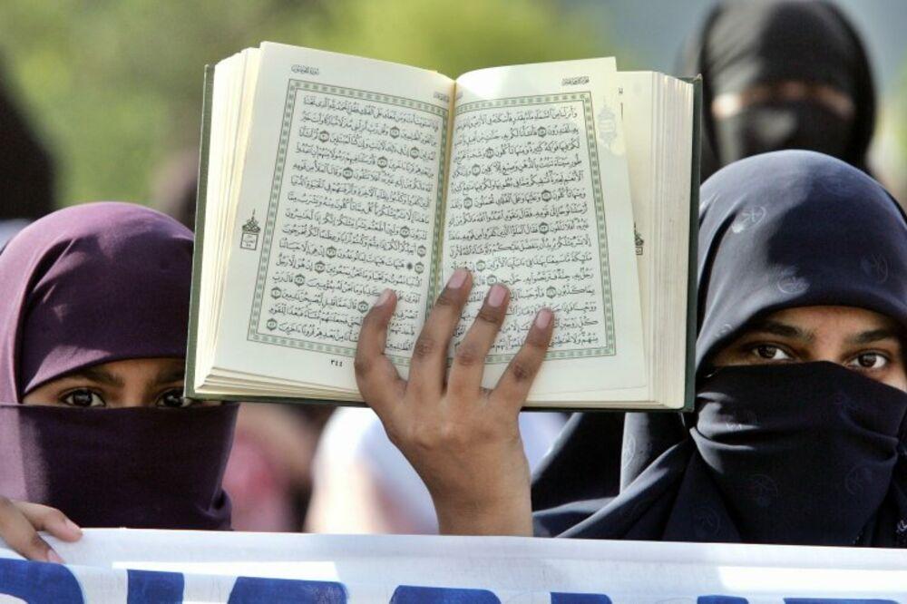 DŽAKARTA, KABUL, BAGDAD - Muslimanske zemlje širom sveta zatražile