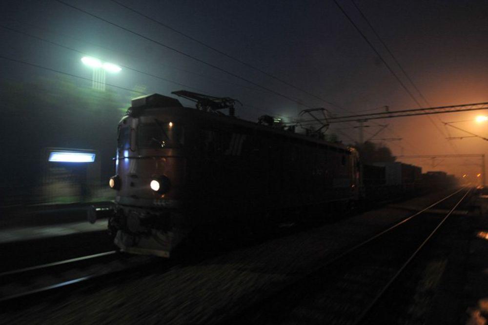 SMRT NA PRUZI: Teretni voz pregazio pešaka
