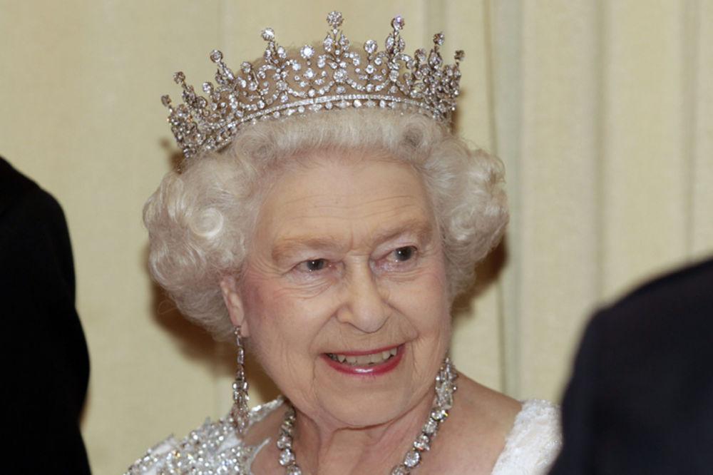 LONDON - Britanska kraljica Elizabeta Druga danas u krugu porodice ...