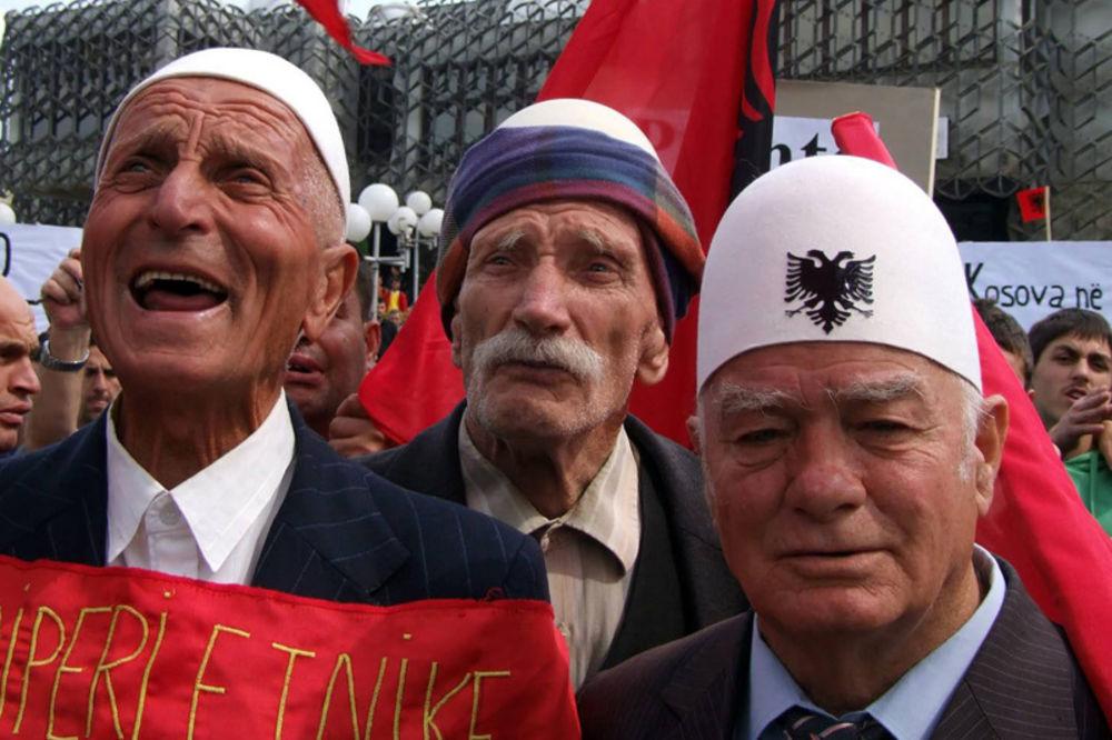DRSKA PROVOKACIJA: Albanci sa KiM traže od Srbije isplatu zaostalih penzija!
