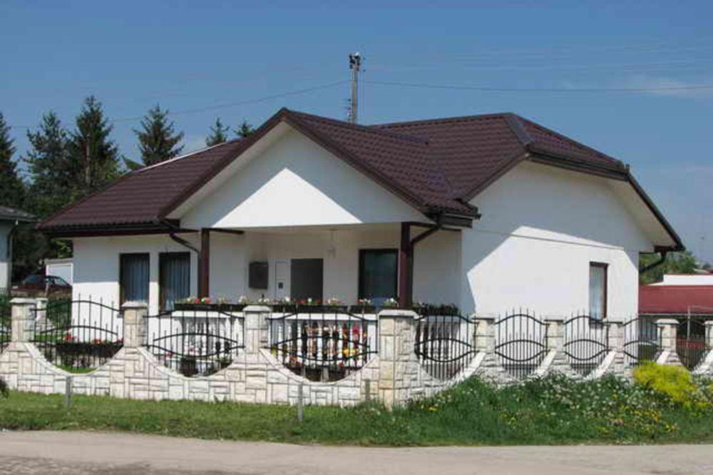 kraljevo, Dragoslav Šumarac, montažne kuće, garancija 100 godina
