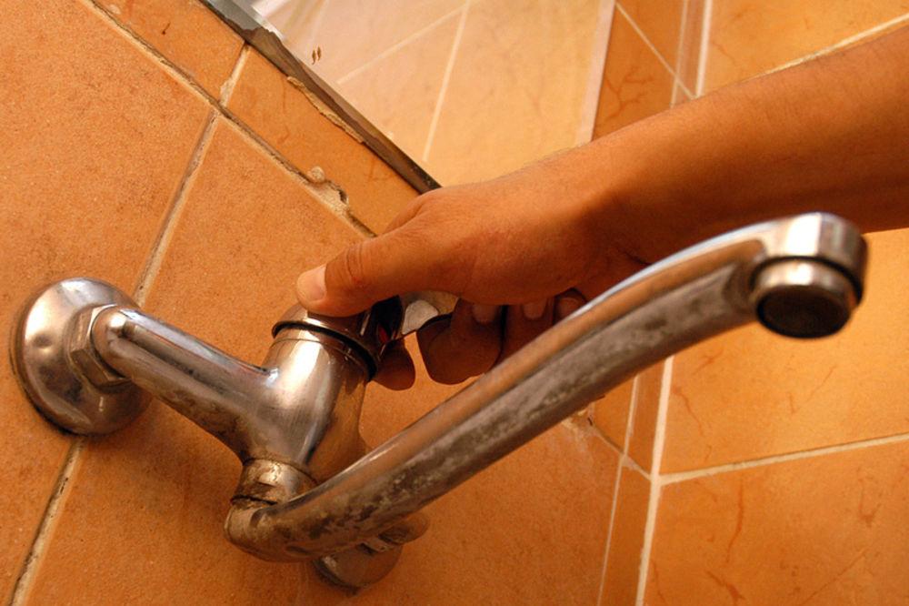 ALARMANTNO: 85.000 Kruševljana 40 sati bez vode, zatvaraju se vrtići i škole!