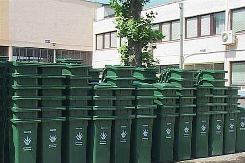 Beograđanima 3.000 besplatnih kanti od Gradske čistoće
