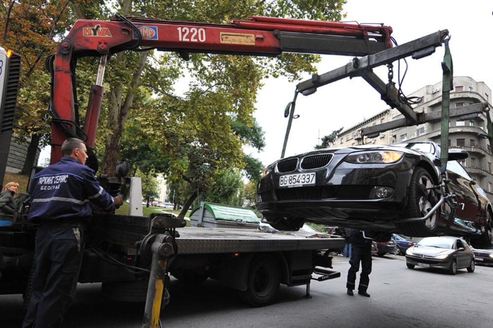Privatni izvršitelji naplaćuju kazne za parking