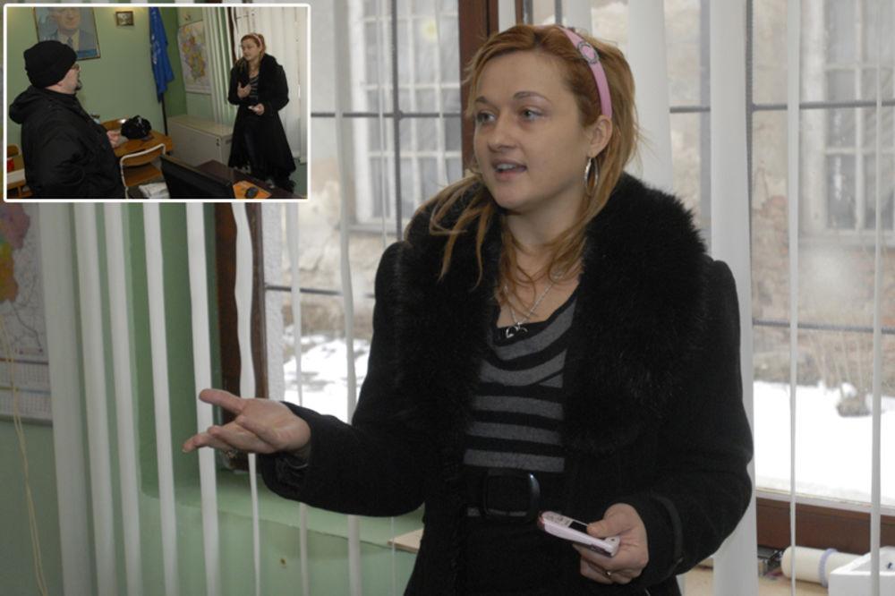Dušan Marić, Tamara Rašić, sekretarica opštinskog odbora SRS, predsednik opštine