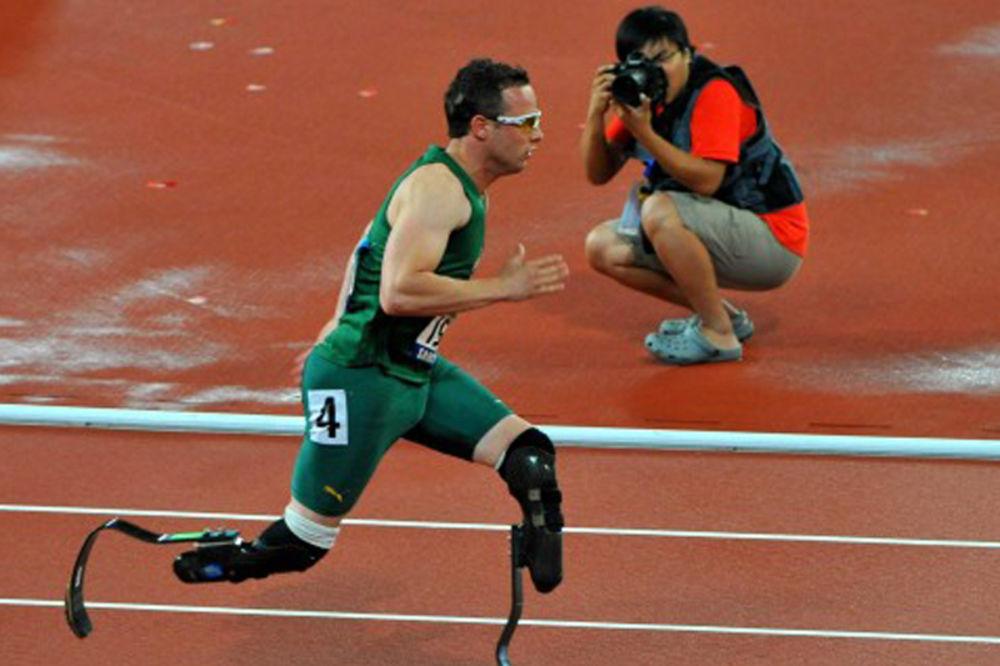 Pistorijus sa protezama stigao u polufinale