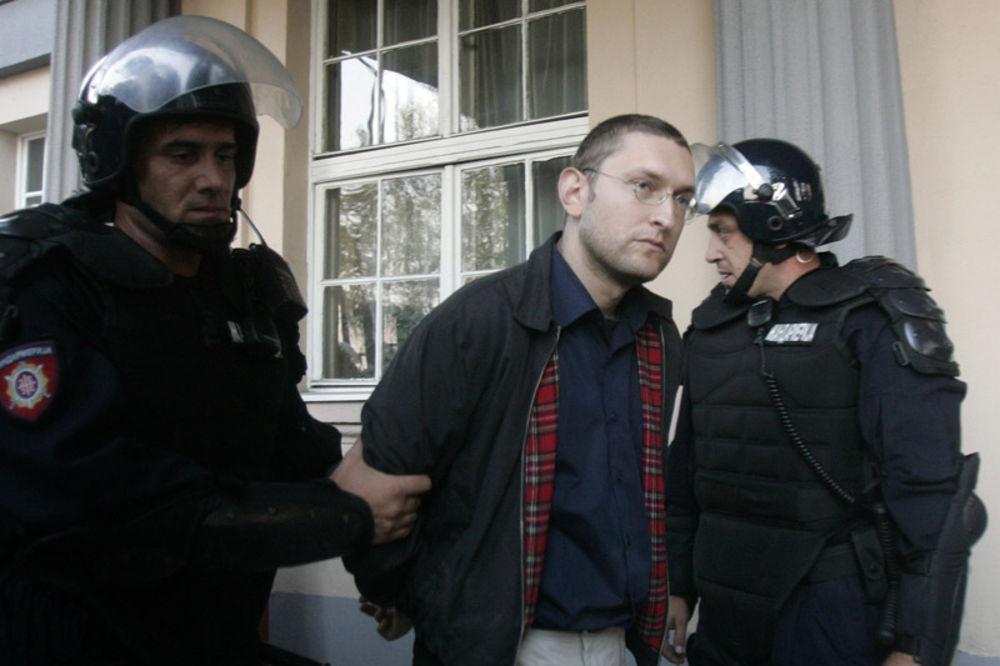 NOVI SAD: Opet odloženo suđenje Goranu Davidoviću!