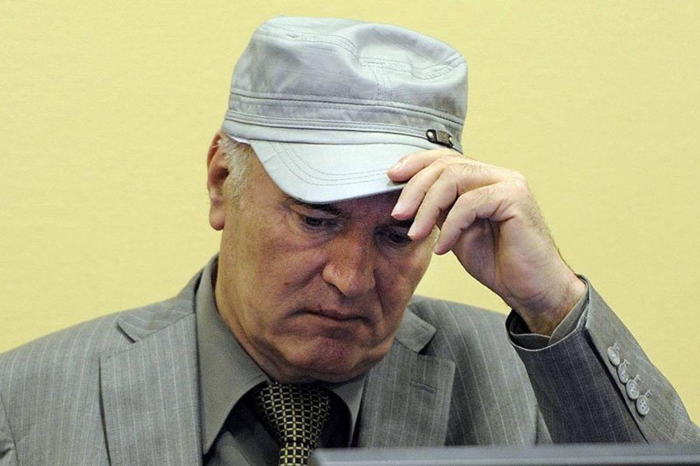 Ratko Mladić, ratni zločini, Naser Orić, civili, Istočna Bosna