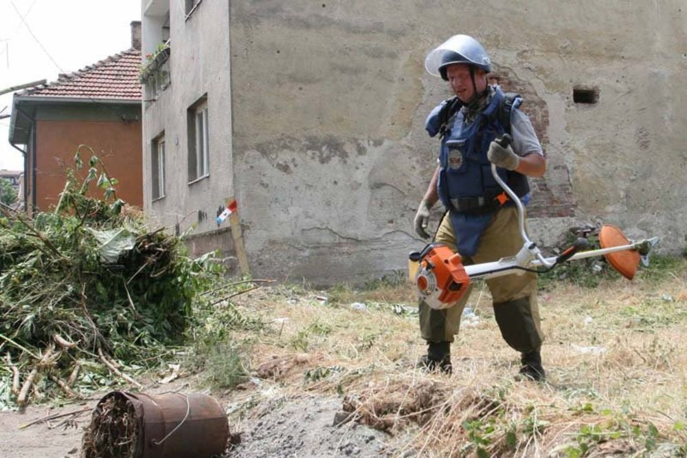 PARAĆIN: Demineri pronašli 36 neaktiviranih mina