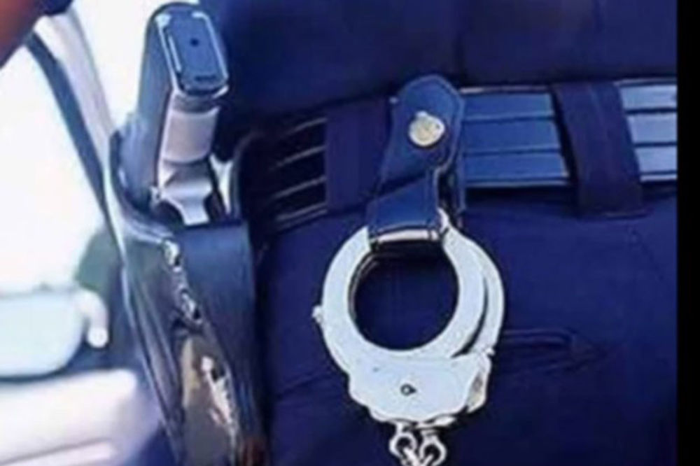 AKCIJA POLICIJE U SREMU: Uhapšena osmorica dilera, zaplenjeno pet kilograma narkotika!
