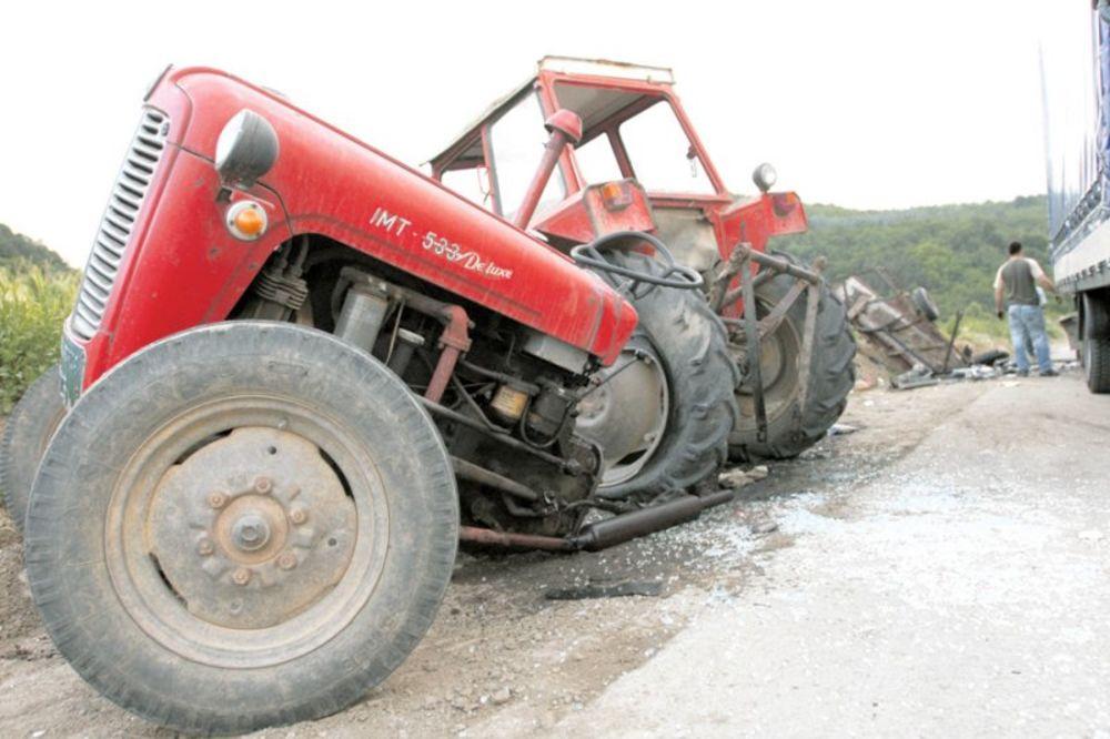 SENTA, traktor, nesreća,