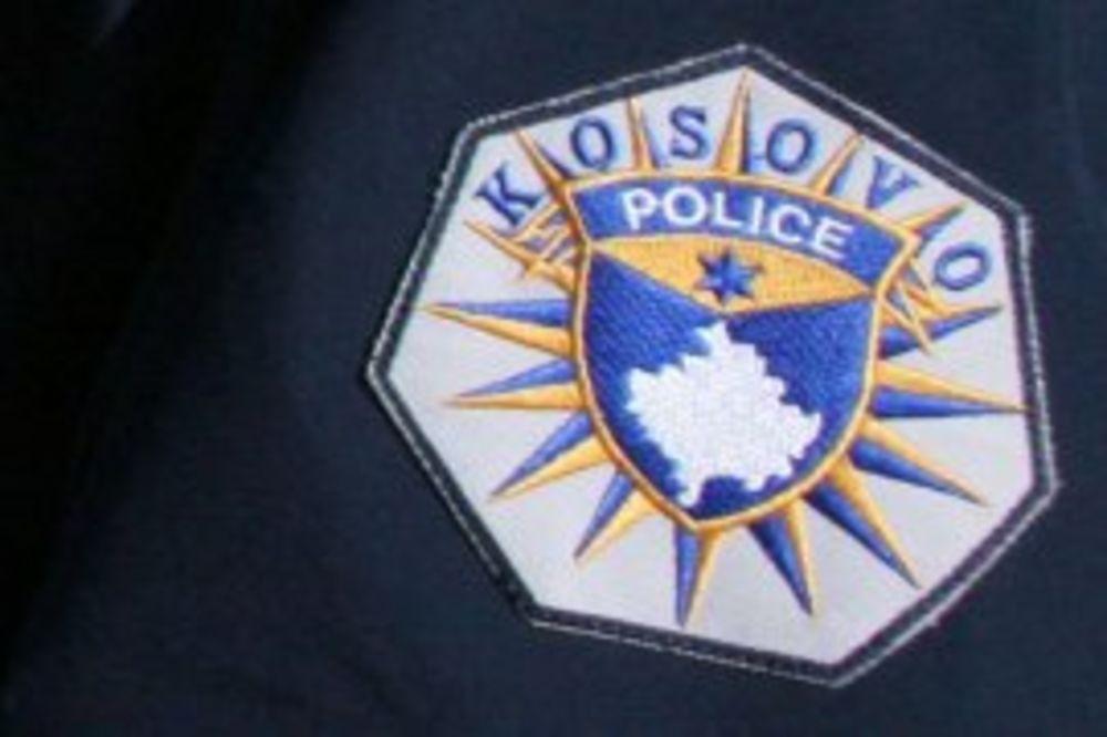 Pucano na Euleks i kosovsku policiju