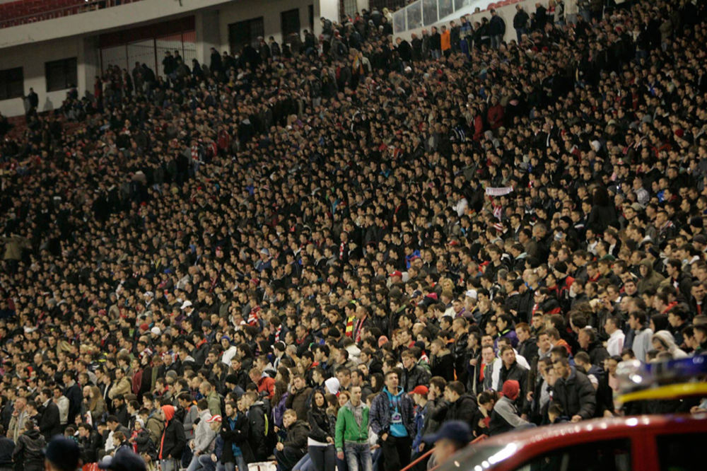 BLOG UŽIVO: Đaci i studenti besplatno na meč Zvezda - OFK Beograd
