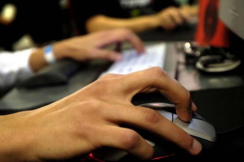 tastatura, internet, kompjuter