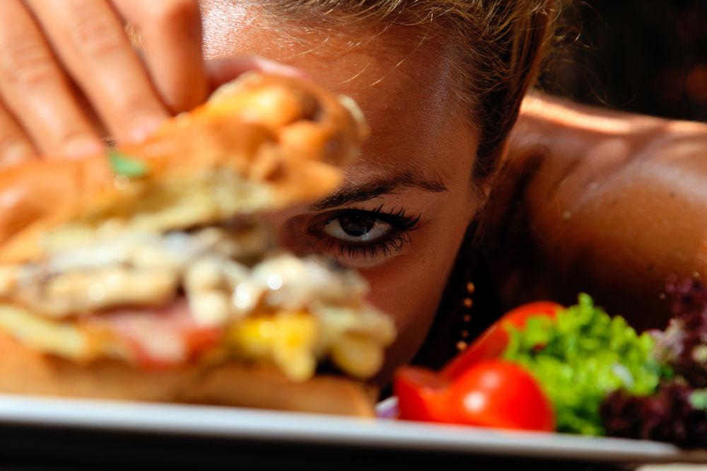 OVA HRANA SKRAĆUJE ŽIVOT: Četiri vrste namirnica koje treba izbegavati!