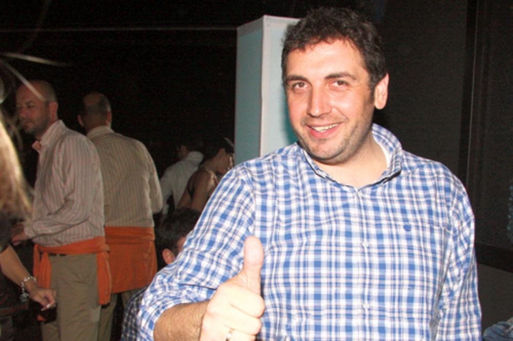 ZEKA MILIONER: Selim u Emirate zbog posla