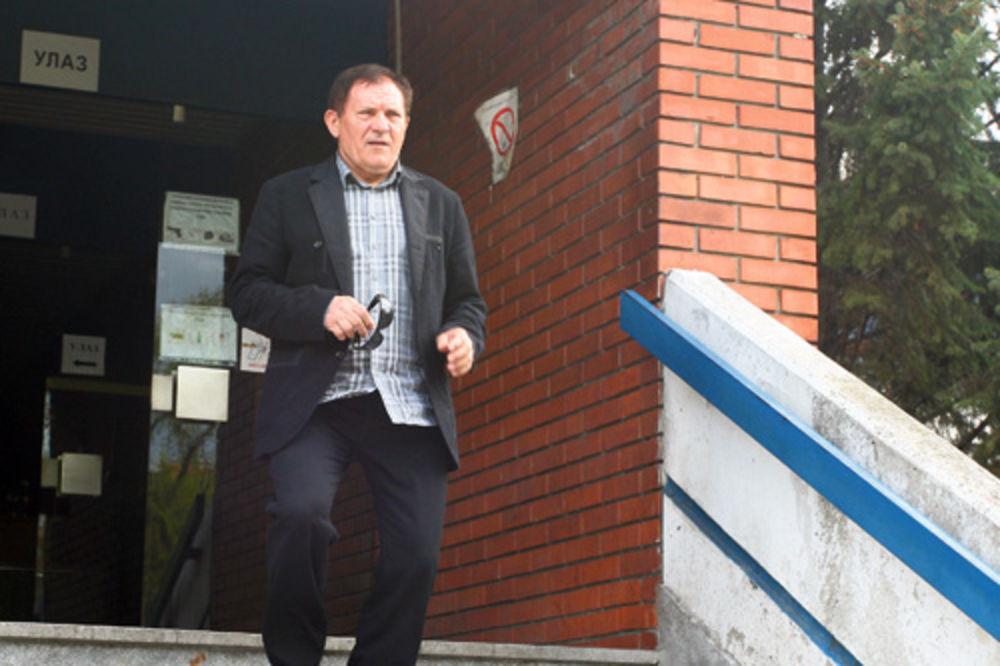 VILA U BAOŠIĆIMA: Miloš Bojanić dao 15.000 evra za renoviranje apartmana!