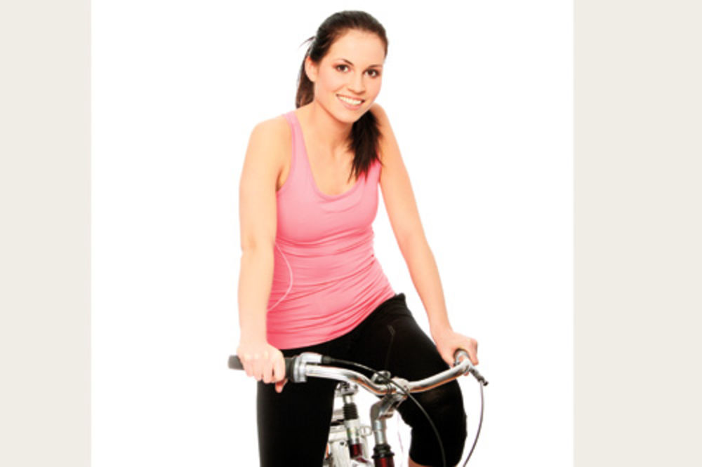 KAKO PRAVILNO VEŽBATI: Evo saveta za šetnju, vožnju bicikle, rolera ili plivanje