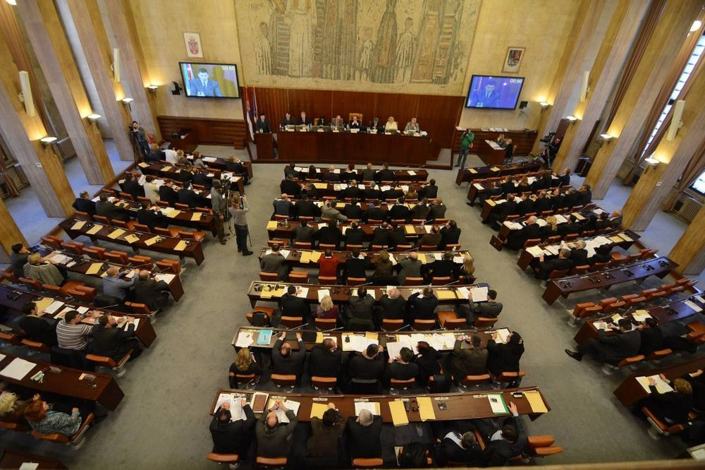 Ištvan Pastor: SVM neće glasati u raspravi o Ustavu