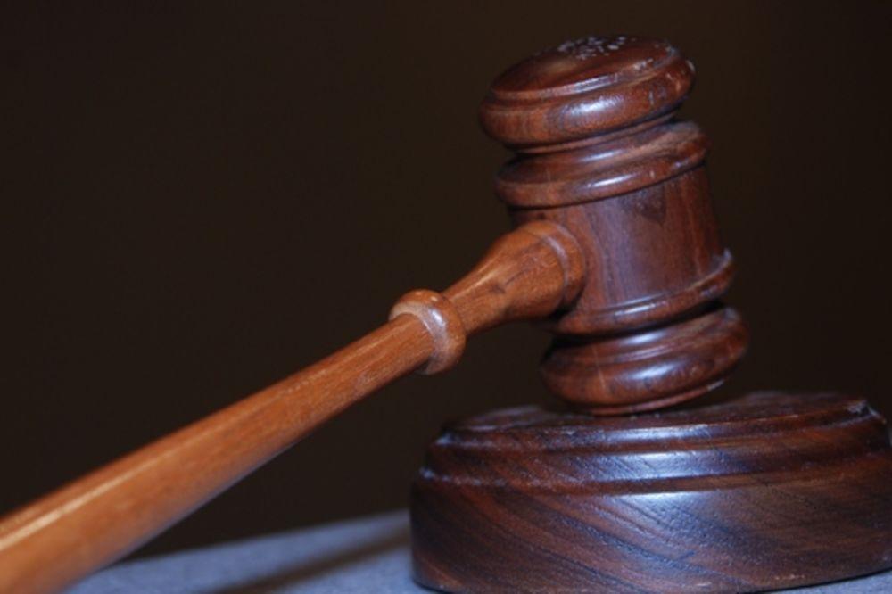 sudski cekic, sud, sudija