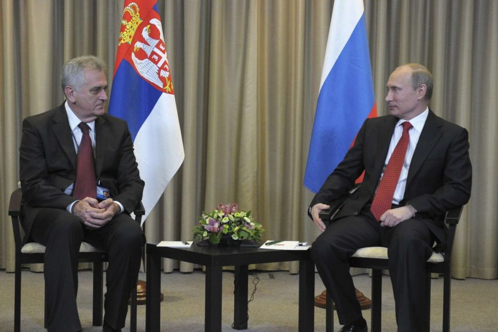 PUTINU OD NIKOLIĆA: Ruskom predsedniku Orden Republike Srbije na velikoj ogrlici