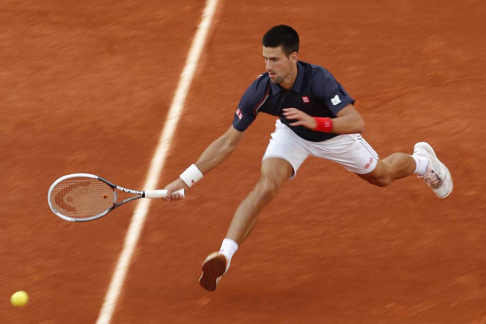Brzo i efikasno: Novak Đoković
