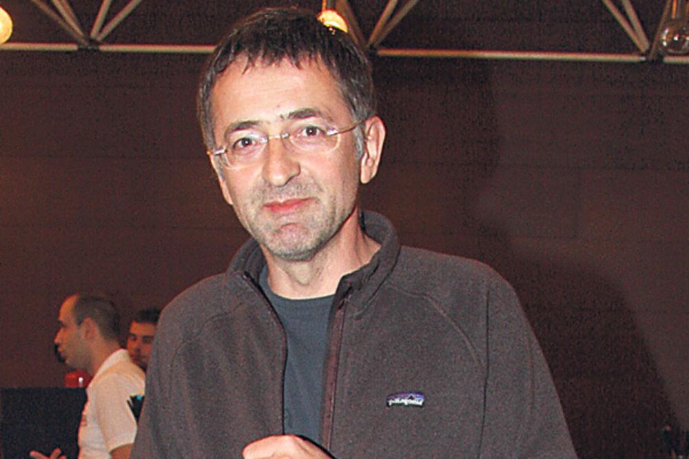 ZORAN CVIJANOVIĆ NA ULICI: Glumac zbog dugova od 70.000 evra morao da napusti stan