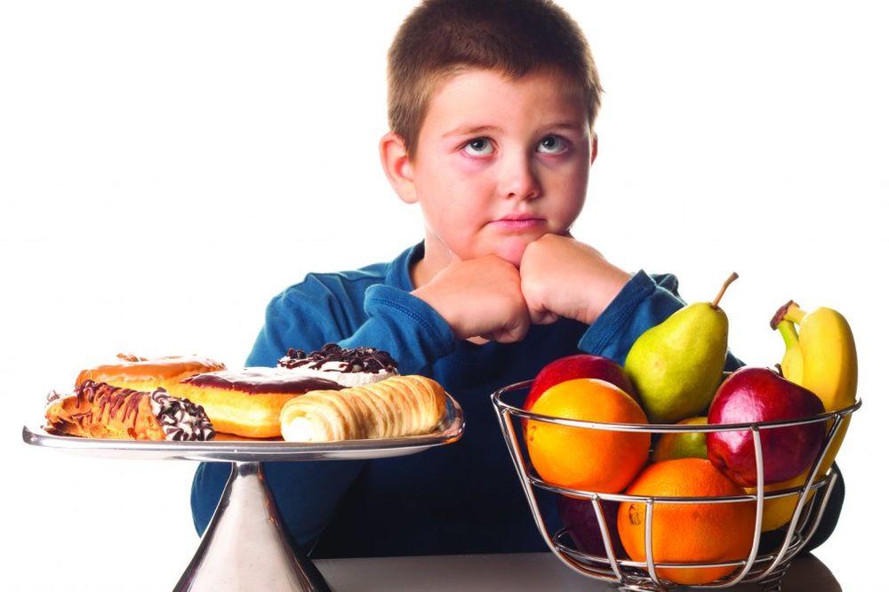 PORODIČNI RUČAK: Ako jedete sa familijom bićete mršaviji!