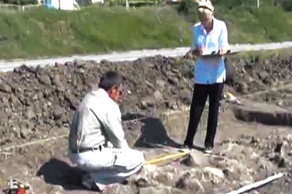 Arheološke zanimljivosti - Page 5 Nekropola-otkrice-vranje-1339877569-175342