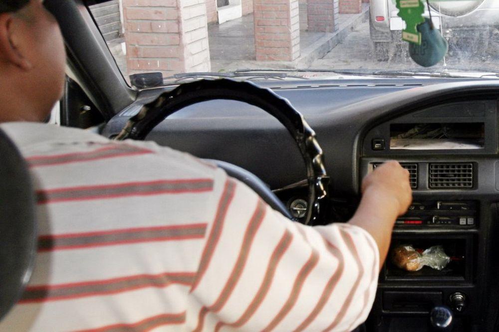 SRPSKI SOMNOLOZI: Pospani vozači, opasnost na drumu