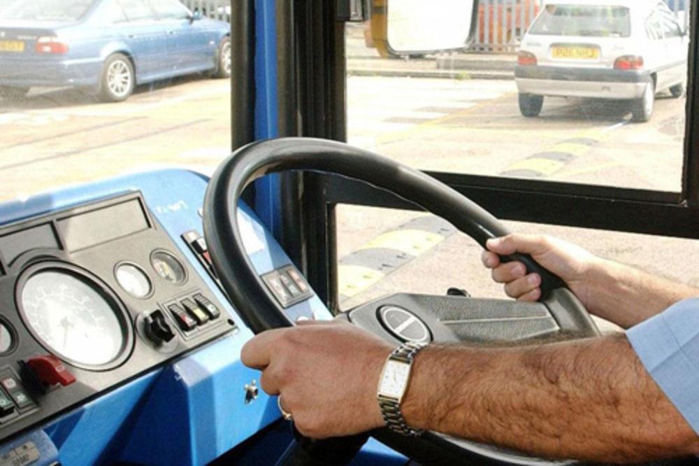NAPAD NA LINIJI 23: Šutirao vozača autobusa, putnici vrišteći bežali napolje!