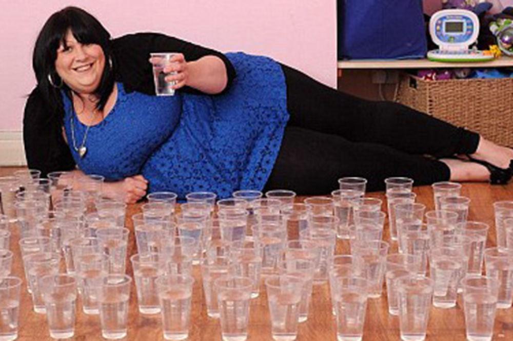 Britanka popije dnevno čak 25 litara vode!