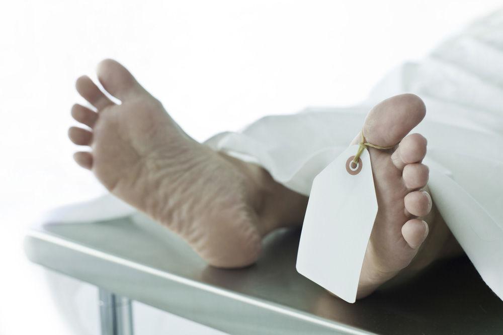 MORBIDNO: Mrtvu ženu pozvali u sud