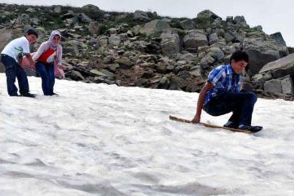 U Turskoj se u julu zabeleo sneg