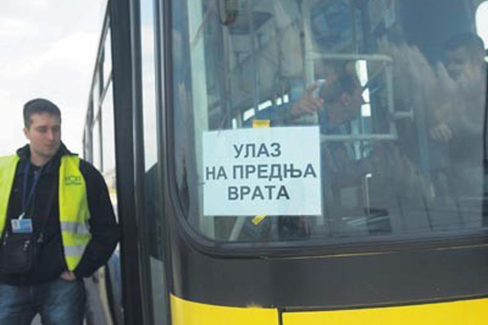 Građani ignorišu nova pravila ulaska u autobuse GSP