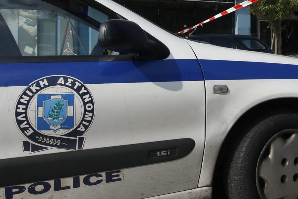 GRČKA POLICIJA NA NOGAMA: Iračani u kamp prikolici krili oružje i 20.000 metaka!