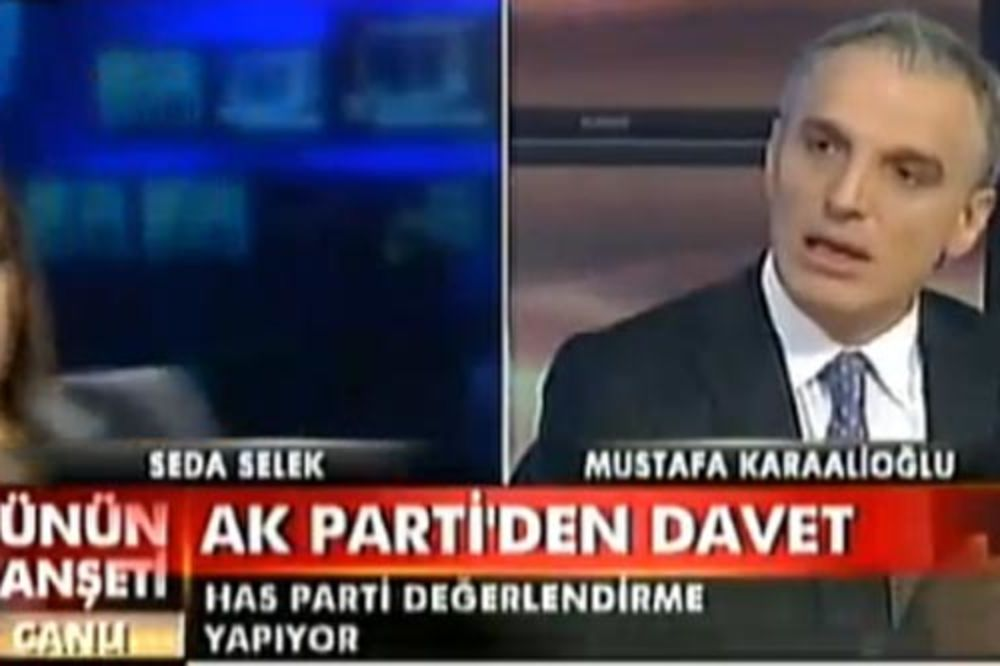 Turska voditeljka uživo pala u nesvest