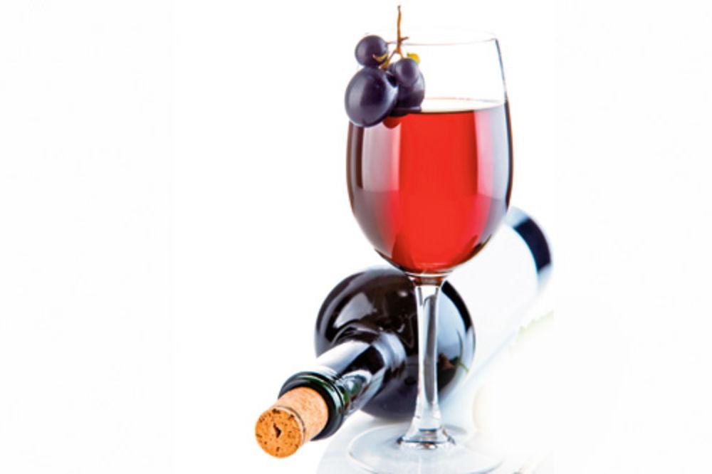 SVE ZA LJUBAV: Ukrala flašu vina da bi videla dečka koji je u zatvoru!