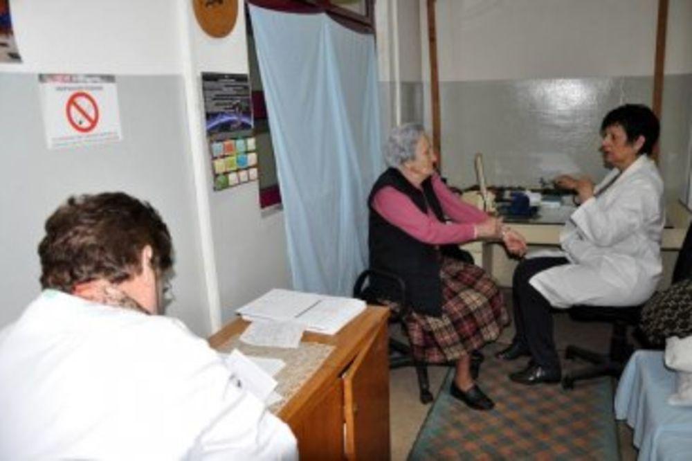 Srbi u Prištini ostaju u prostorijama Centra za mir