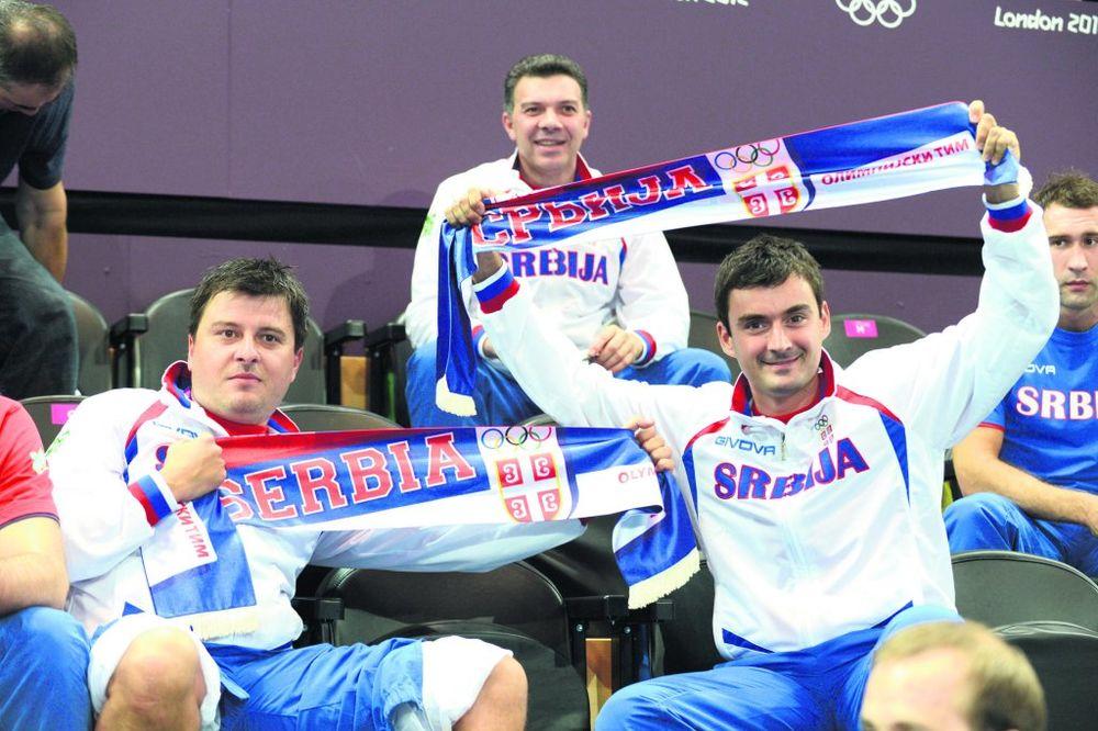 Odbojkaši i stonoteniseri navijali, Stanić nije mogao sve da odbrani