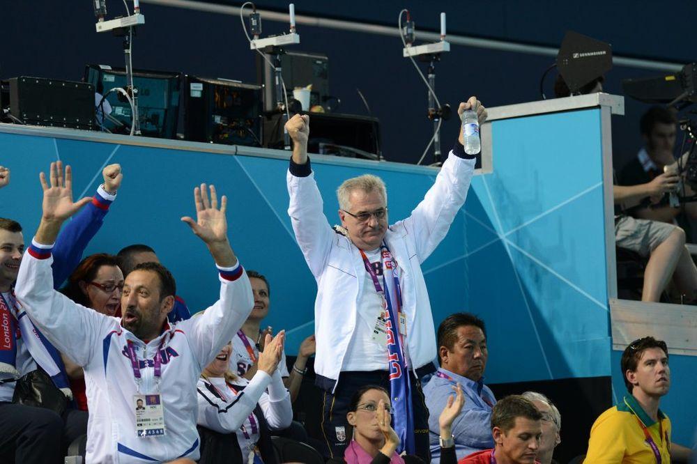 Predsednik Nikolić i Vlade Divac na vaterpolo utakmici tokom Olimpijskih igara u Londonu, foto: Dado Đilas