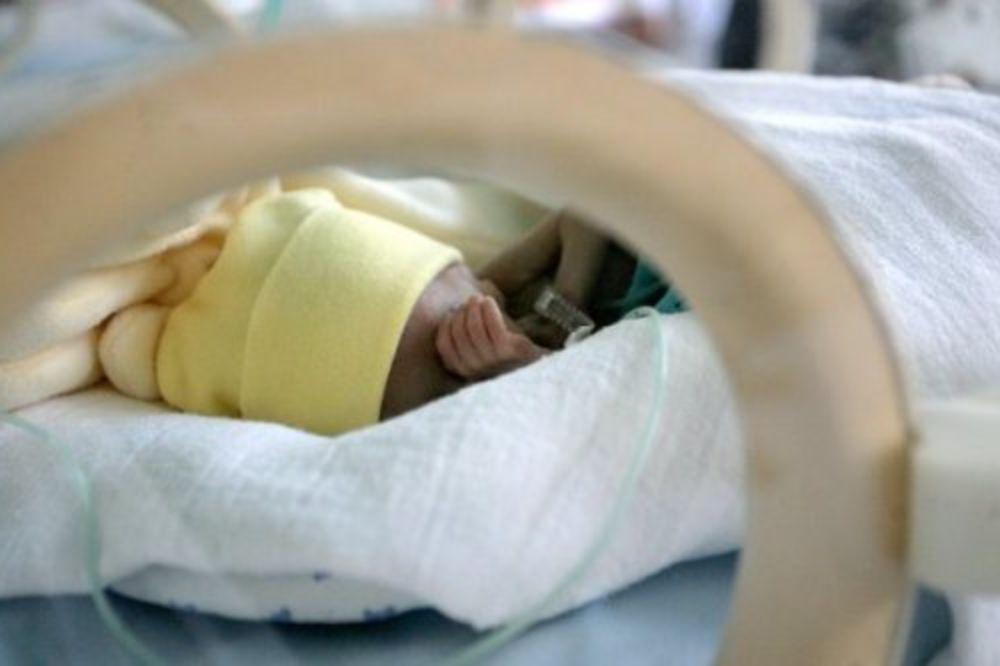 TRUDNICA PRVA ŽRTVA SVINJSKOG GRIPA U BIH: Majku nisu mogli da spasu, ali je beba preživela!