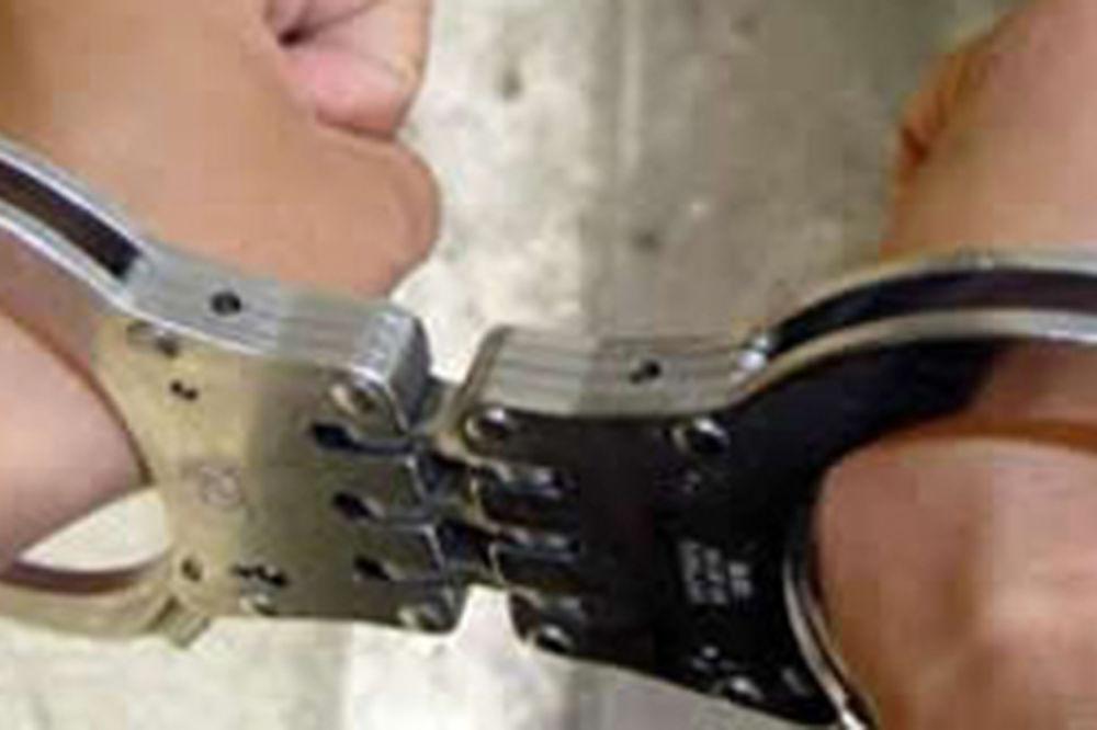 PRAVE KOMŠIJE: Lopova koji je obio susedov stan jurili kroz grad dok nije uhapšen!